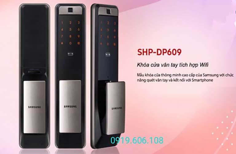 Khóa cửa thông minh Samsung SHP-DP609AS/EN tích hợp nhiều tính năng thông minh, có độ bảo mật cao, lắp đặt được trên nhiều dòng cửa, tính ứng dụng cao, mang lại nhiều tiện ích cho người sử dụng