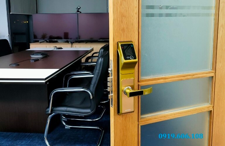Khóa Cửa Thông Minh Viro Smart Lock 5in1 VR-F10