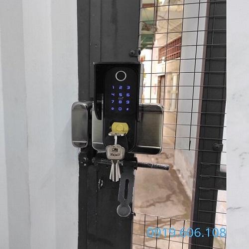 Khóa Cửa Thông Minh OneLock OS007