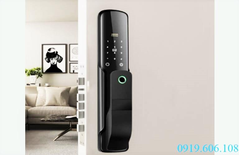 Lắp đặt khóa thông minh OneLock US006 giúp bạn hoàn toàn yên tâm về tài sản và con người phía sau cánh cửa