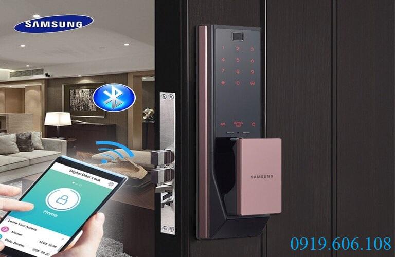 Khóa điện tử cửa gỗ thông minh Samsung SHP-DP739