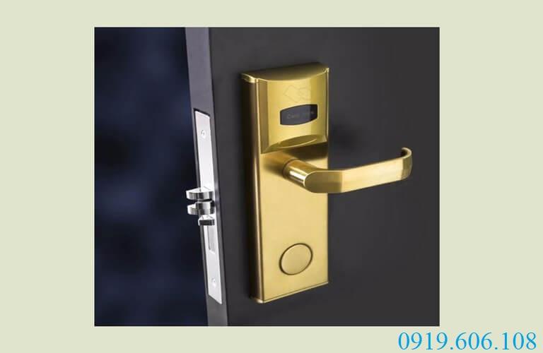 Khóa cửa điện tử khách sạn Viro smart lock VR-P10