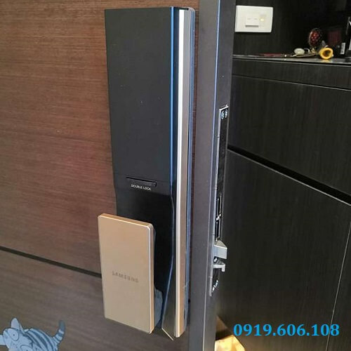 Khóa Cửa Thông Minh Samsung SHP-DP739