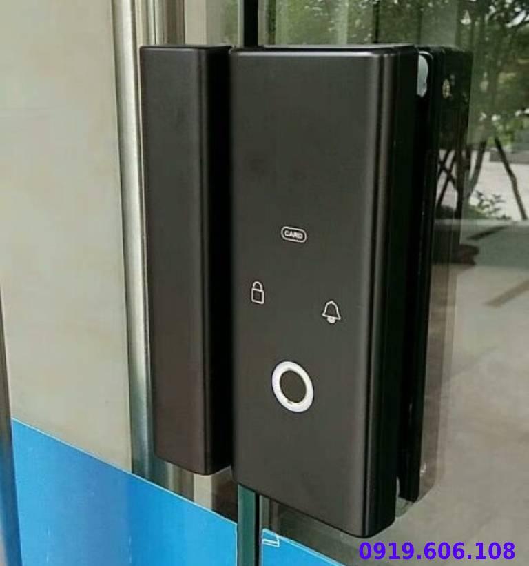 tính năng của khóa vân tay viro smart lock 4in1 VR-E12