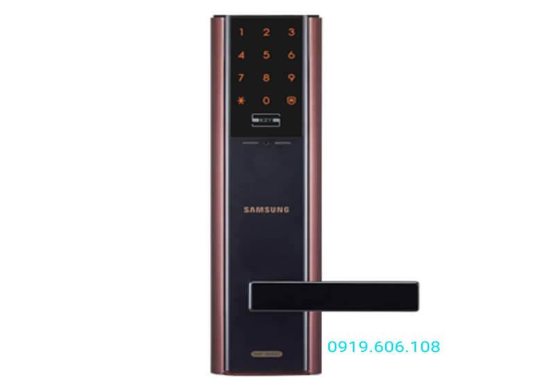 Khóa cửa thẻ từ Samsung SHP-DH537BC/EN hàng được nhập chính hãng chất lượng tốt, mang lại độ bảo mật cao và sự tiện lợi cho người dùng