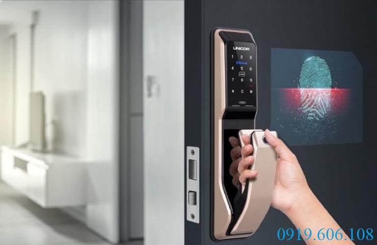Unicor PM8000WSK thiết kế sang trọng, tích hợp các tính năng bảo an cực cao, giúp không gian sống của bạn an ninh tuyệt đối