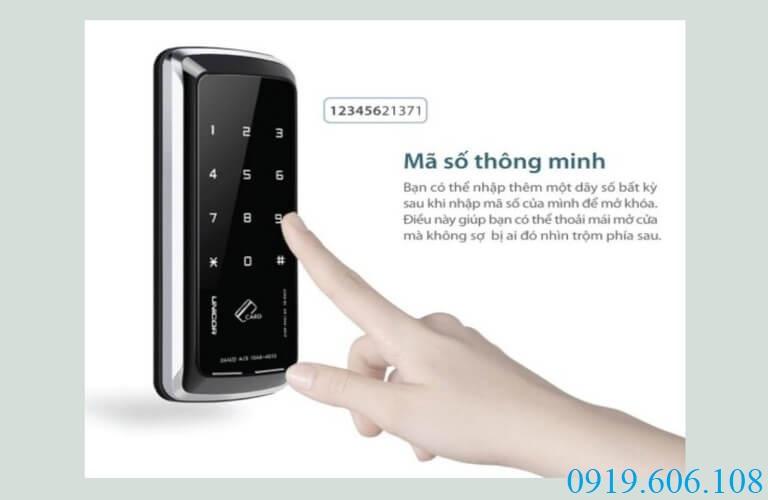 Unicor UN-325S-GL có tính năng mật khẩu thông minh, đề phòng được các trường hợp nhìn trộm mật khẩu