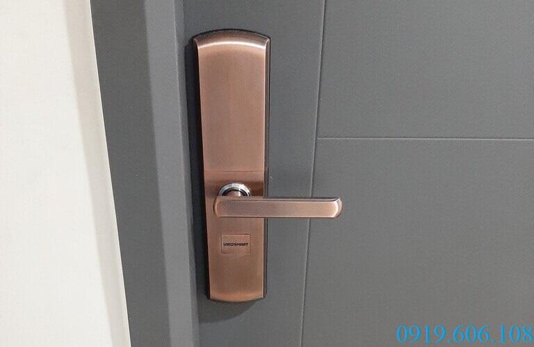 Khóa cửa cho chung cư Viro-Smart lock 4in1 VR-H05 nhiều ưu điểm vượt trội, đáp ứng yêu cầu của người dùng