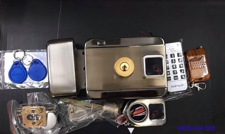 Khóa cửa thẻ từ Viro Smart VR-1200