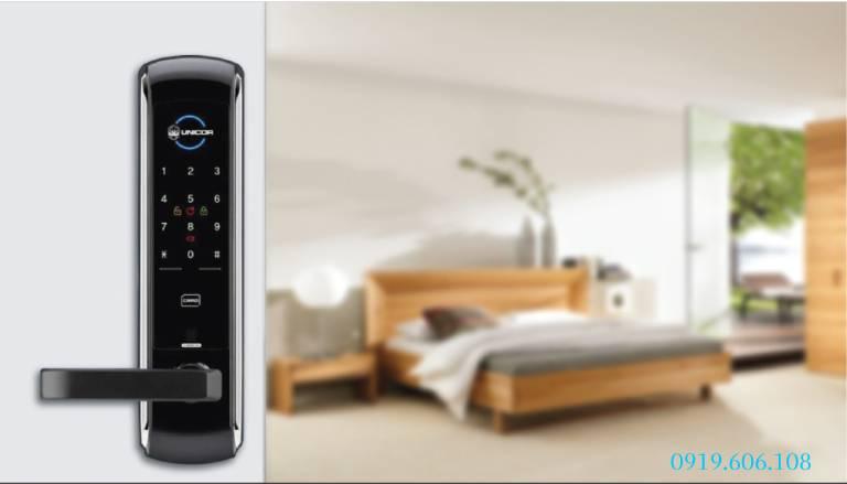 Lưu ý lắp đặt Khóa Cửa Thẻ Từ Unicor UN-7200SK-F