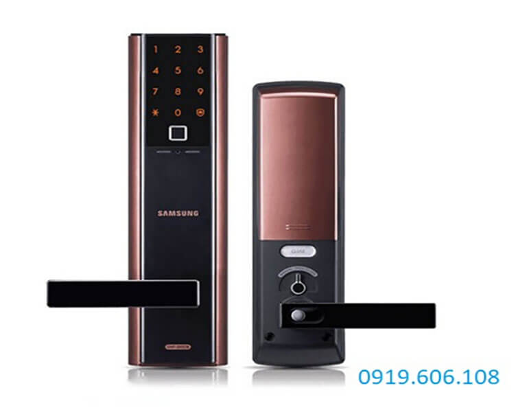 Khóa vân tay Samsung ứng dụng công nghệ vân tay hiện đại, tăng cường độ bảo mật, sử dụng thêm nhiều thuận tiện